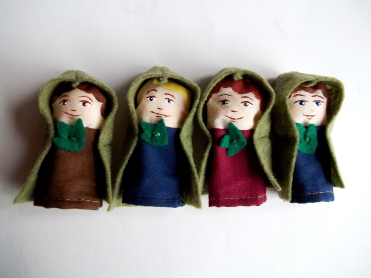 Hobbits finger puppet set! #handmade @Etsy | hen and chick ...