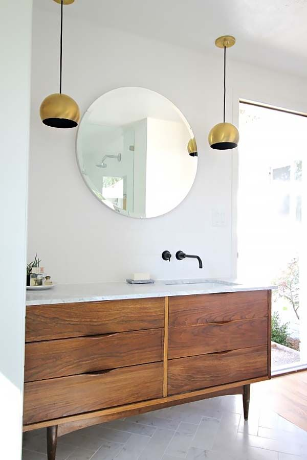 like the dresser made into vanity - clean lines Mid-Century Modern Bathroom Ideas-10-1 Kindesign