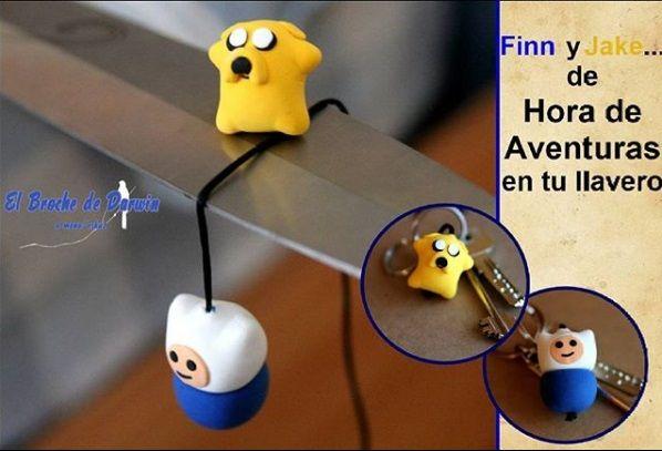 brochedarwinFinn y Jake de Hora de Aventuras...😄 #brochedarwin #manualidades #amano #diy #doityourself #horadeaventuras #arcilla #finnyjake #hechoamano #handmade #handwork #handcrafted #handcraft #finn #jake #finnjake #dibujosanimados #adventuretime
