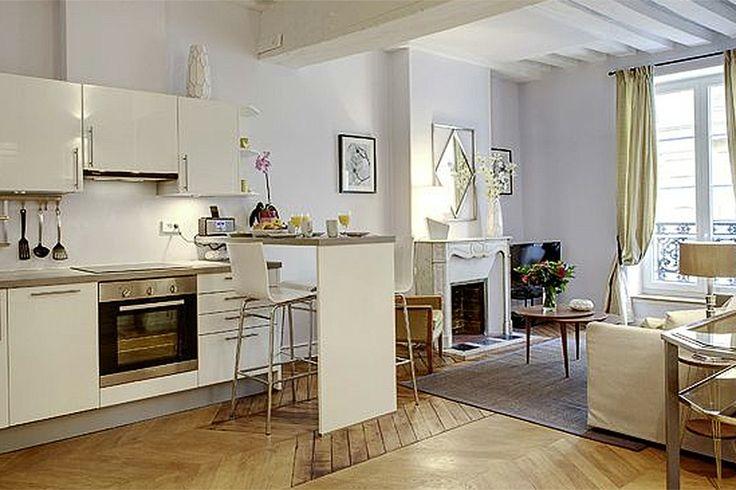 HOMETOWN //Des appartements de luxe ou de charme, pleinement équipés, pour des séjours d'au moins 3 nuits. Une nouvelle façon de se loger partout dans Paris...   www.hometown-paris.com  #selogerdansparis #paris #appartement