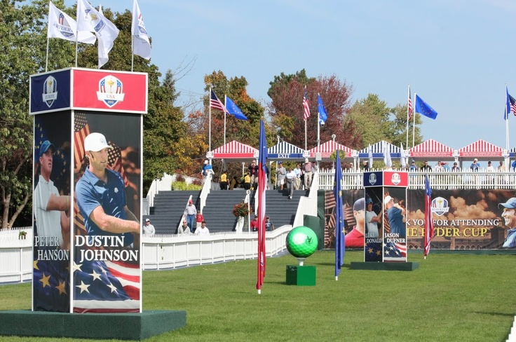 Each player was featured near the entrance to the golf