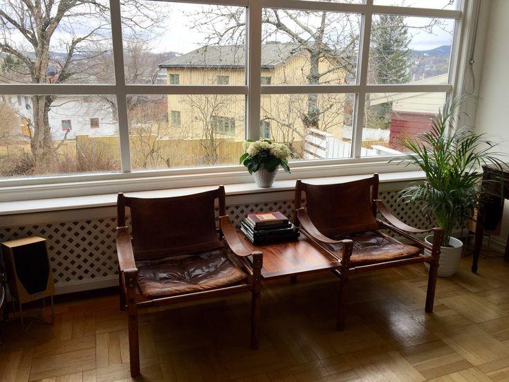 Livingroom with radiator cover from #Lundbergs #radiatorskjuler #elementskydd