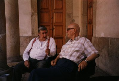 Salvatore Fiume with writer Gesualdo Bufalino at Comiso, Sicily.