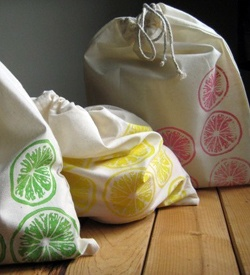 oooh, this is an excellent idea instead of wrapping with paper. do i have time to make these though??