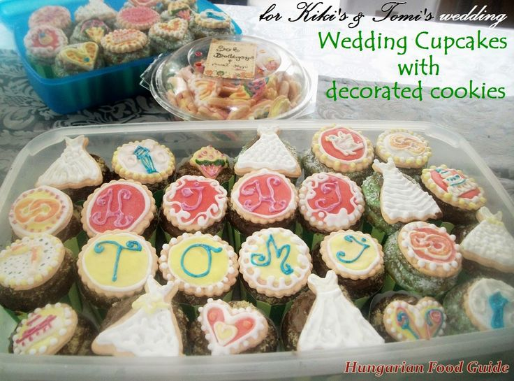 Hungarian Food Guide: Wedding Cupcakes with decorated cookies