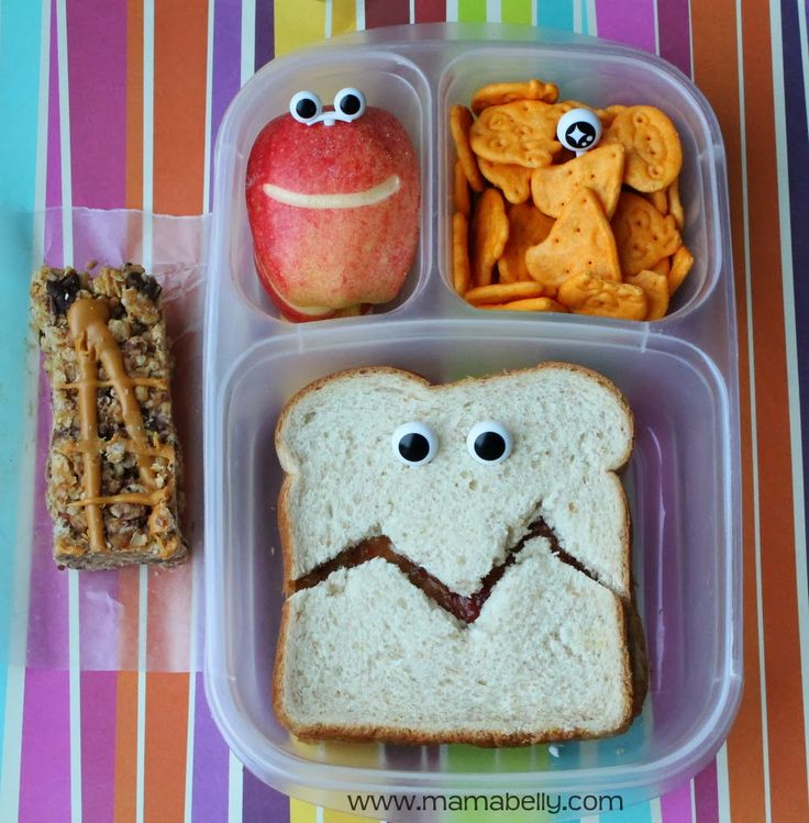 Funny & EASY school lunch box ideas in @EasyLunchboxes - mamabelly.com