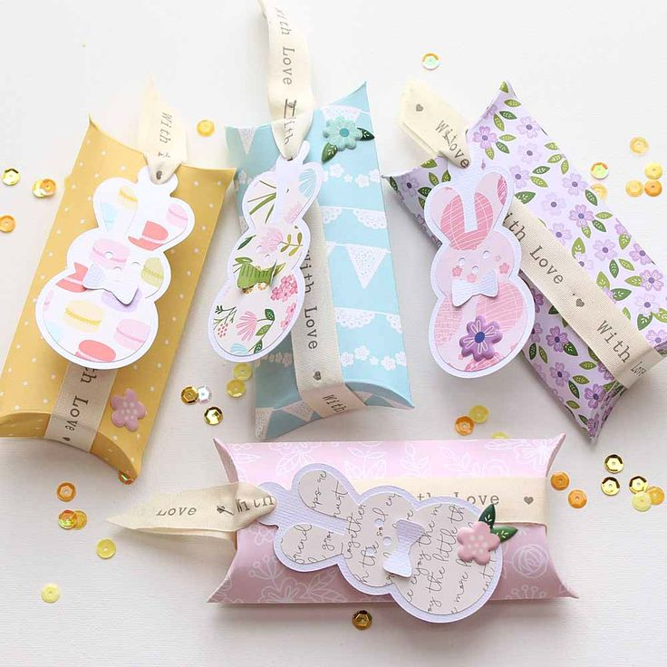 """Cute little Easter Gift Boxes by @moniqueliedtke with the """"Tealightful"""" collection by @PebblesInc #madewithpebbles #pebblesinc #gift_box"""