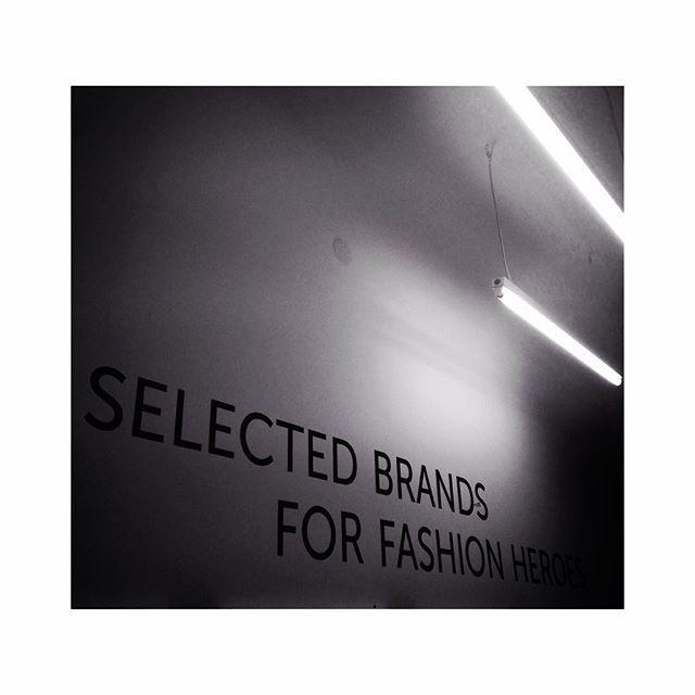 New goals new motto! #selectedbrands #fashionheroes #hushwarsaw #fashion #hero #new #hushonline #tradeshow #poland #warsaw #office #shine #newidea #polishbrands #polishmarket #polishfashion