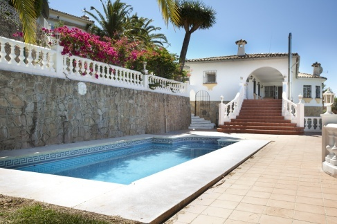 Marbella , 5 bed Villa for sale for 575,000 Euros