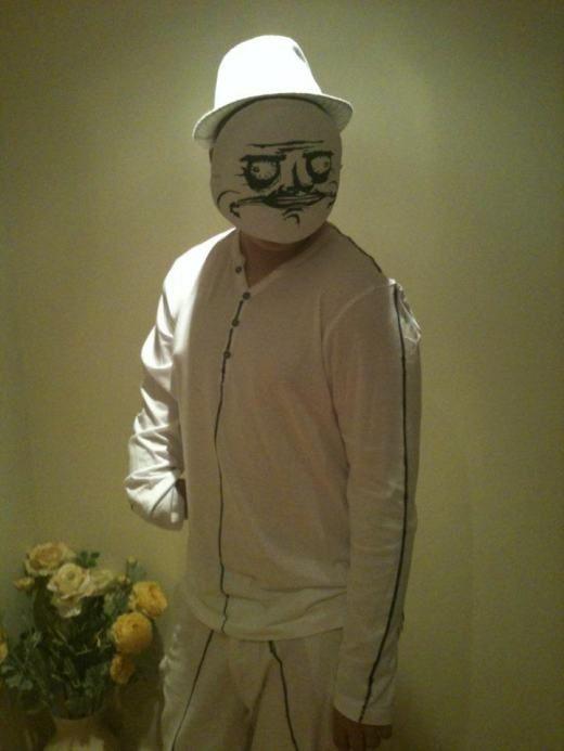 Halloween Costumes 18