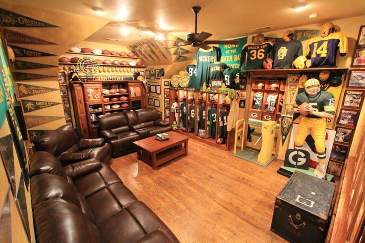 Ultimate Man Cave Furniture : Green bay packers man cave garage pinterest in love