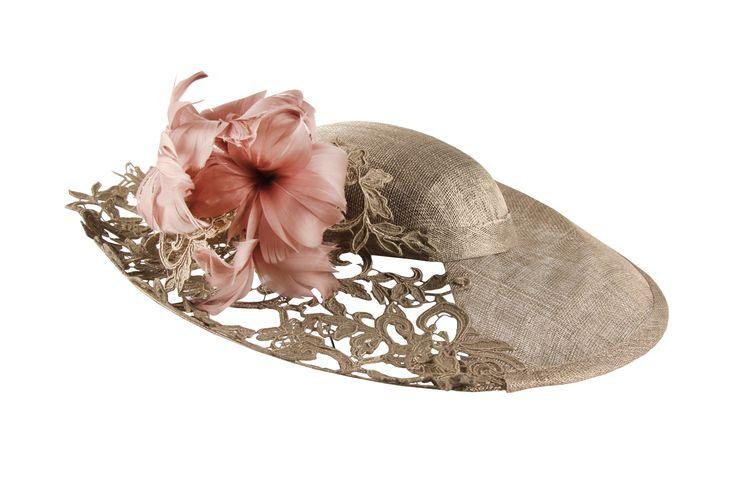 HAWAII | MIBUH Tocados y Pamelas – Encargue su diseño exclusivo – Mibúh Hats & Headpieces