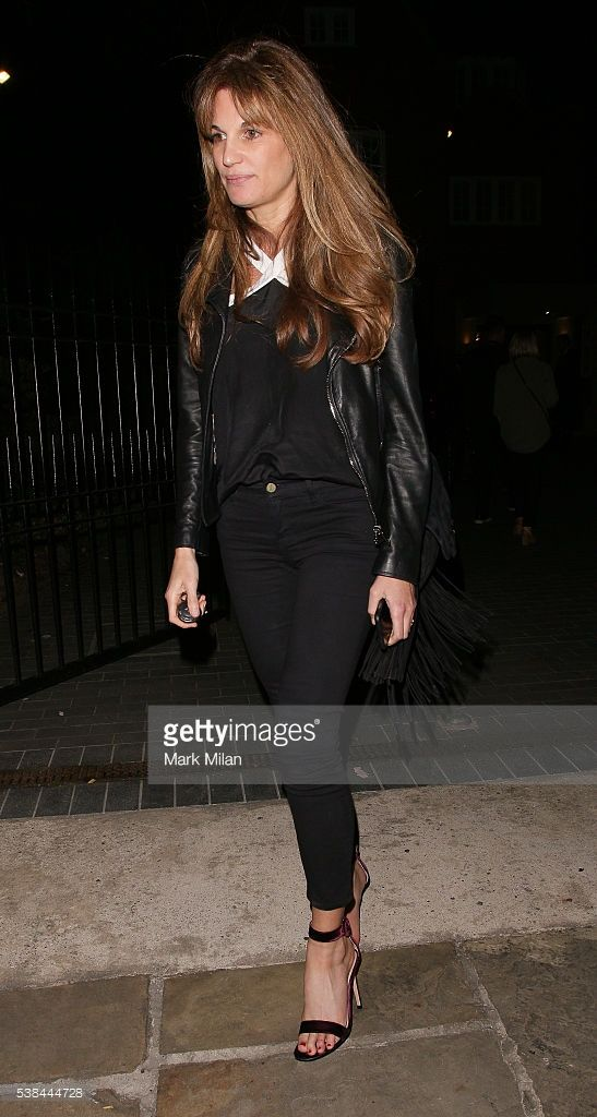 jemima-khan-attending-a-party-in-camden-on-june-6-2016-in-london-picture-id538444728 (547×1024)