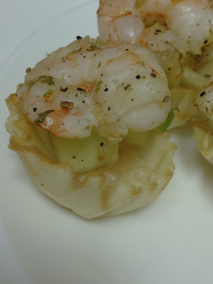 Shrimp phyllo cups healthy appetizers pinterest for Phyllo dough recipes appetizers indian