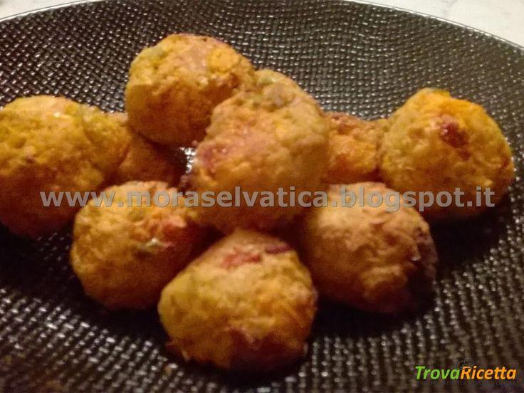 POLPETTINE DI FAGIOLI DI SOIA ALLA ZUCCA CON POMODORI SECCHI E OLIVE  #ricette #food #recipes
