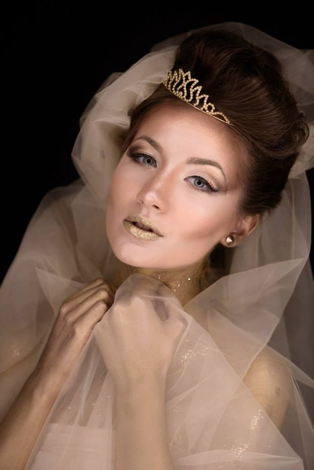 Creative makeup made by me! Model: Ada Stamate Hair: Andra Ancuta Makeup: Corina Tudor Photo: Marian Sterea
