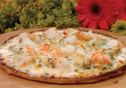 That's what I'm talk'in about! A Floridian Pizza Made with Florida Shrimp and Blue Crab...Baby I'm Home!!