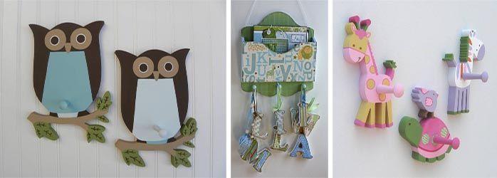 Украсьте вешалки в шкафу яркими картинками