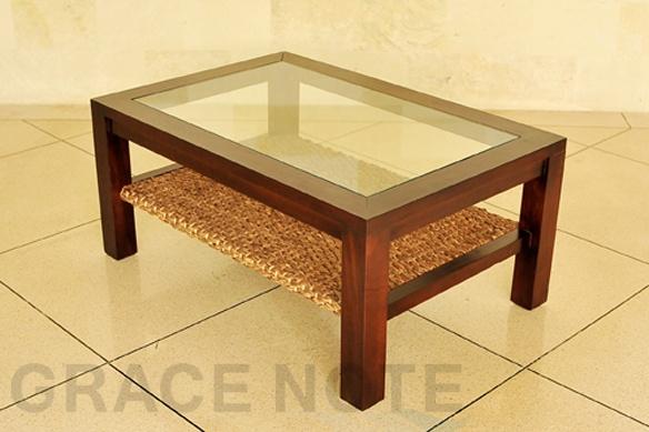商品番号:WLT-04  おすすめ  (横幅90cm)アジアンテイストたっぷりな、ヒヤシンスローテーブル(Mタイプ) 【WLT-04】  46,700 円(税込)アジアンテイストたっぷりな、ウォーターヒヤシンスを編み上げたローテーブル。  こちらは、Mサイズです。 (Lサイズもご用意しております。)  くつろぎたいソファサイドにぴったりな、南国のリゾート風デザイン。フレームはとてもしっかりとしています。  ▲マホガニーとウォーターヒヤシンスが上手にマッチした使いやすいデザインです  商品番号1WLT-04  商品名(横幅90cm)アジアンテイストたっぷりな、ヒヤシンスローテーブル(Mタイプ) 【WLT-04】  メーカー名グレイスノート  サイズ(W)90x(D)60x(H)40cm  成分・材質マホガニー材、ウォーターヒヤシンス、クリアーガラス  生産地インドネシア     ・こちらの商品はお好みのサイズでフルオーダーも可能です。お気軽にお問合せください。