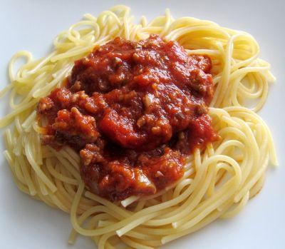 Πάνω από 25 κορυφαίες ιδέες για Spaghetti bolognese rezept einfach - italienische küche rezepte