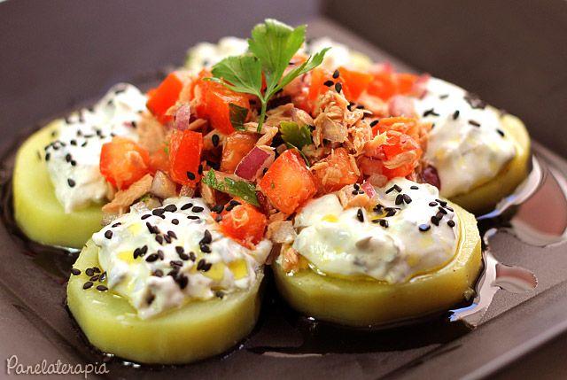 PANELATERAPIA - Blog de Culinária, Gastronomia e Receitas: Salada de Batatas com Atum e Molho de Alcaparras