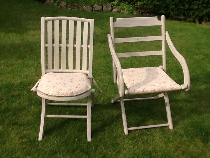 Two beautiful vintage deck chairs painted in Annie Sloan Country Grey.