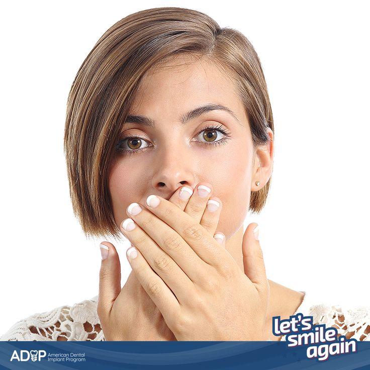 Did you know that there are several causes that could lead to tooth loss? The most common are cavities and periodontal disease. These diseases, if left untreated, lead to tooth decay. #LetsSmileAgain  -- ¿Sabía que existen diversas causas para la caída de uno o más dientes? Las más comunes son las caries y la enfermedad periodontal. Estas enfermedades, si no se tratan a tiempo, pueden provocar la degradación de los dientes. #LetsSmileAgain