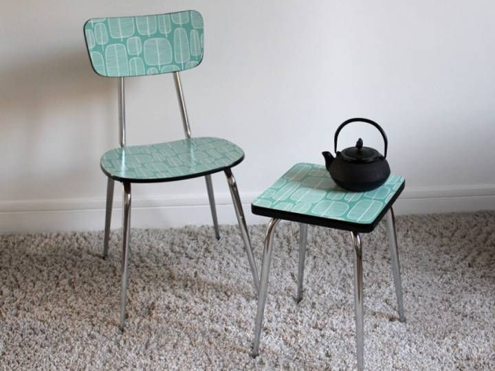 Chaise et tabouret et formica relook s vintage le - Relooker chaise formica ...
