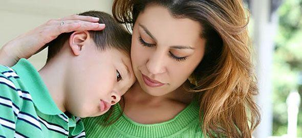 Υπάρχει πάντα καλύτερος τρόπος για να κατευνάζετε τον θυμό και τα ξεσπάσματα του παιδιού από τις φωνές και το ξύλο. Δείτε 9 εναλλακτικές για να αντιμετωπίζετε τα tantrums.