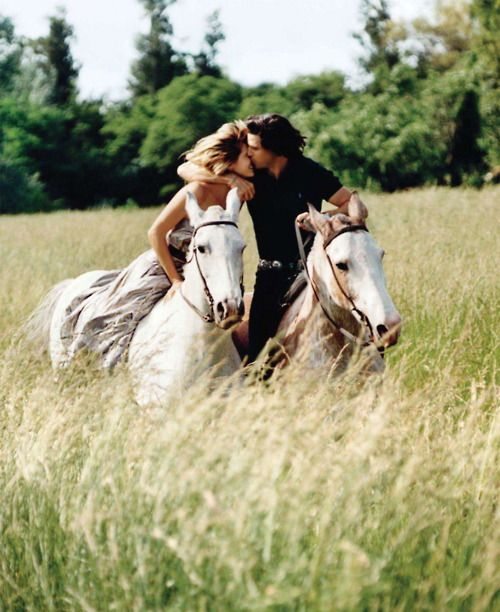 : Horseback Riding, A Kiss, Ralph Lauren, Engagement Photo, Horses, Dreams, Romances, Ralphlauren, Nachos Figueras