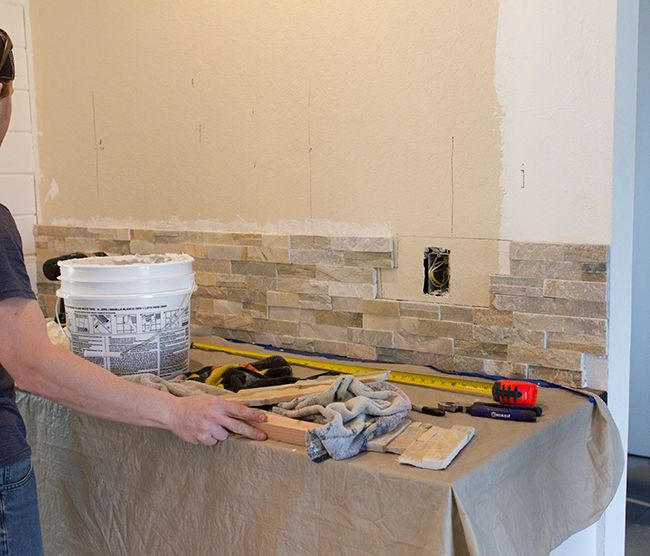 Kitchen Bar With Stone: 17 Best Ideas About Stone Bar On Pinterest