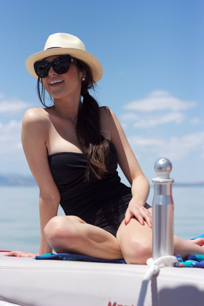 can I look this glamour next time I'm at the beach?: Summer Swimsuits, Summer Suits, Fedoras Hats, Summer Style, At The Beach, Summer Lovin, Piece, Beaches Style, Pink Peonies
