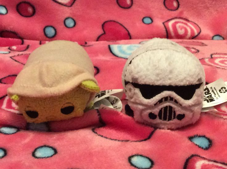 I only have 2 Star Wars Tsum Tsums for now.