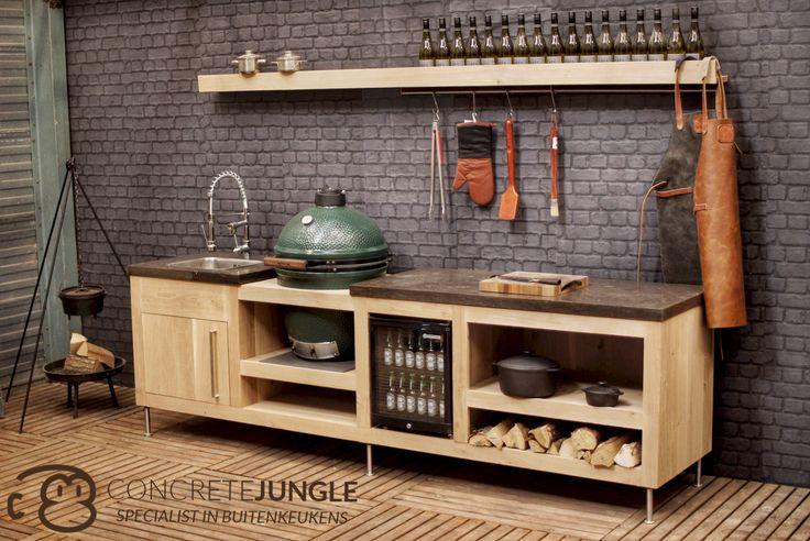 Concrete-Jungle buitenkeuken, massief eiken met natuurstenen bladen en een Big Green Egg | Oakwood outdoor kitchen