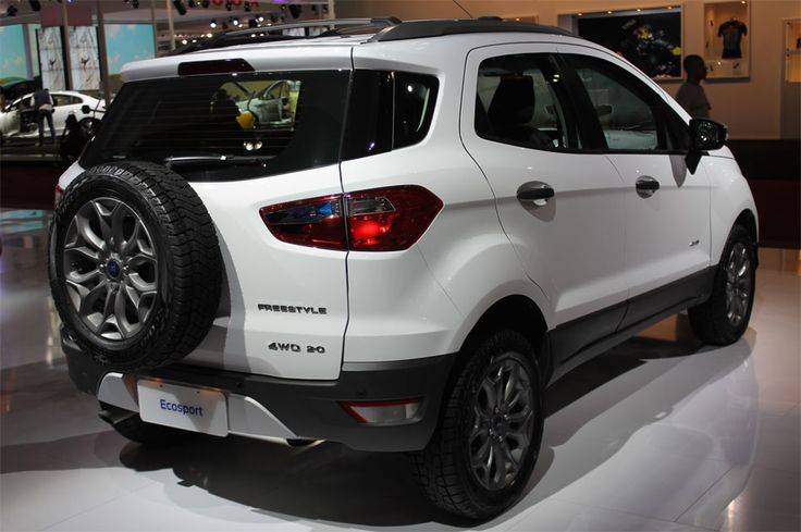 Ford EcoSport launches 4WD; versions equipped with Powershift exchange are also presented officially | www.carskings.com