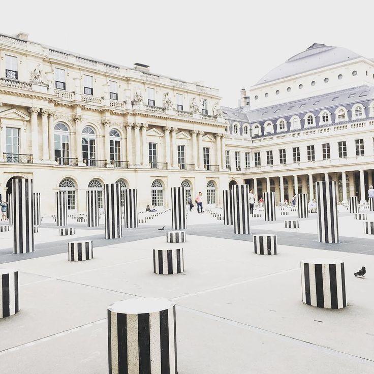 Grey day in Palais royal #paris #travelblogger #blogger