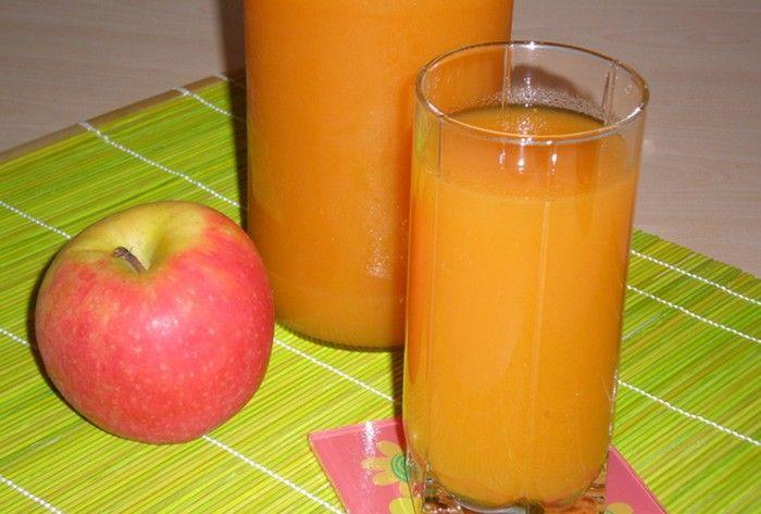 Domácí jablkovo mrkvový džus
