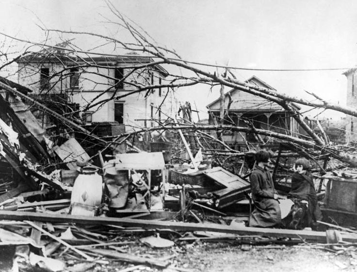 tornado history in southern indiana The worst tornado in us history passes through eastern missouri, southern illinois, and southern indiana, killing 695 people, injuring some 13,000 people,.