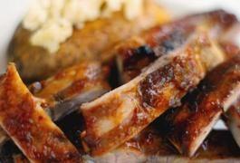 How to Boil Pork Spare Ribs to Make Them Tender   LIVESTRONG.COM