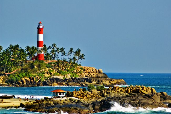 South India Honeymoon Destinations – Top 10 best Honeymoon places to go in South India. Read more at: http://10travelspots.com/south-india-honeymoon-destinations-top-10-best-honeymoon-places-to-go-in-south-india/