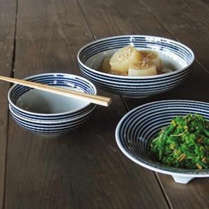 藍駒/長崎 波佐見焼 馬場商店 シンプルで素敵。ちょっとarabiaぽいけど和食器。使いやすそうだ。