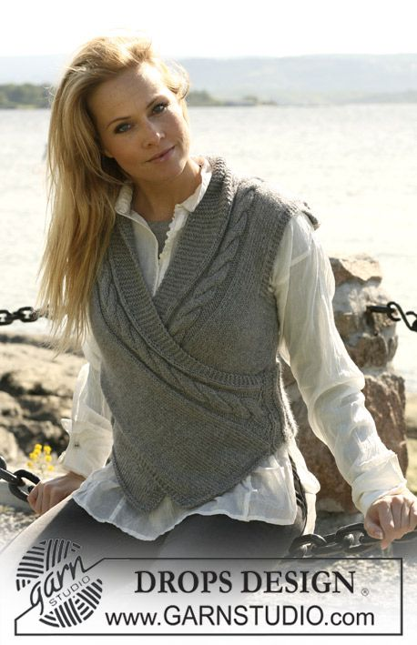 """DROPS 103-8 - DROPS Slipover in """"Silke-Alpaca"""" with a front piece crossing over. Size S to XXXL. - Free pattern by DROPS Design"""