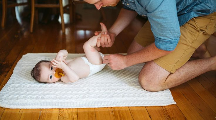 New Dad Advice - 10 thing every dad-to-be and new dad should know. A dad weighs in on what he wish he new in his child's early weeks, months and years. Get tons of parenting advice at TheBump.com