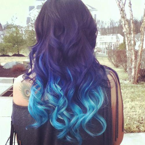 Najbardziej popularne znaczniki tego obrazu obejmują: hair, blue i ombre