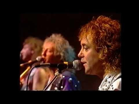 Smokie - Oh Carol - Live - 1992 - YouTube