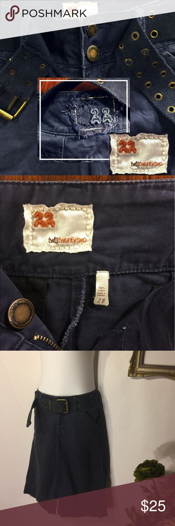 ANTHROPOLOGIE Twill 22 Bermuda Short Twill Twenty Two from Anthropologie shorts. Women's size 28. Dark blue. Bermuda length, with cargo pockets. Incredible quality, in amazing shape. Like new condition. Anthropologie Shorts
