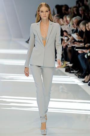 Самый модный деловой костюм 2011г