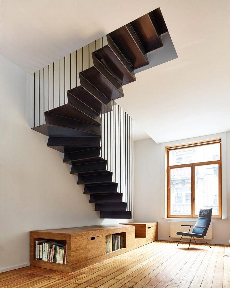 #artofinteriors_staircases  beautiful work of Belgian architects Edouard Brunet…