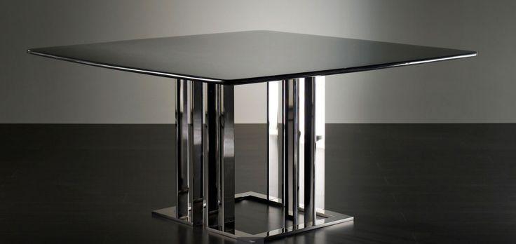 У итальянской фабрики #MERIDIANI простые и утонченные формы любого предмета интерьера, которые подчеркивают идею #современного стиля жизни. Комфорт и решительные формы. Мебель, созданная для гостиной, столовой, спальни – преобладает изысканностью и особенностью. Цветовая гамма дает возможность расслабиться в атмосфере простоты и спокойствия, что делает мебель от итальянской фабрики #MERIDIANI по-особенному уникальной и привлекает внимание многих покупателей.