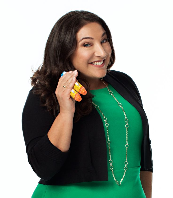 TV's Jo Frost: Finding the Right Mindset with Allergies. Interview with TV's Jo Frost. #Epipen #foodallergies